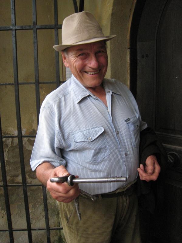 Bunicul cu cheia